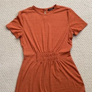 Romantichut rust gathered dress